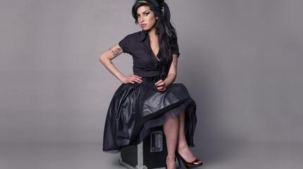 Foto de Amy Winehouse posando