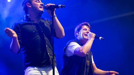 Foto de Andy y Lucas en concierto