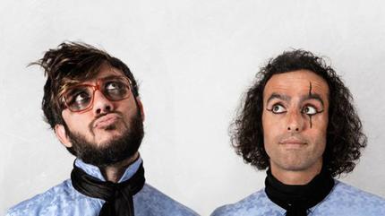 Foto del dúo musical Antílopez.