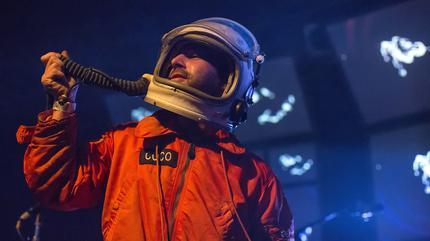 Fotografía de Man or Astro-Man?
