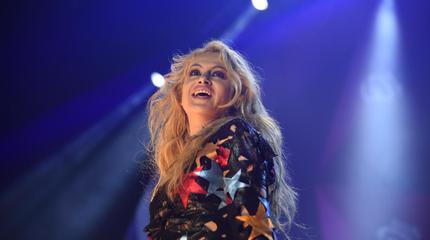 Foto de Paulina Rubio en concierto