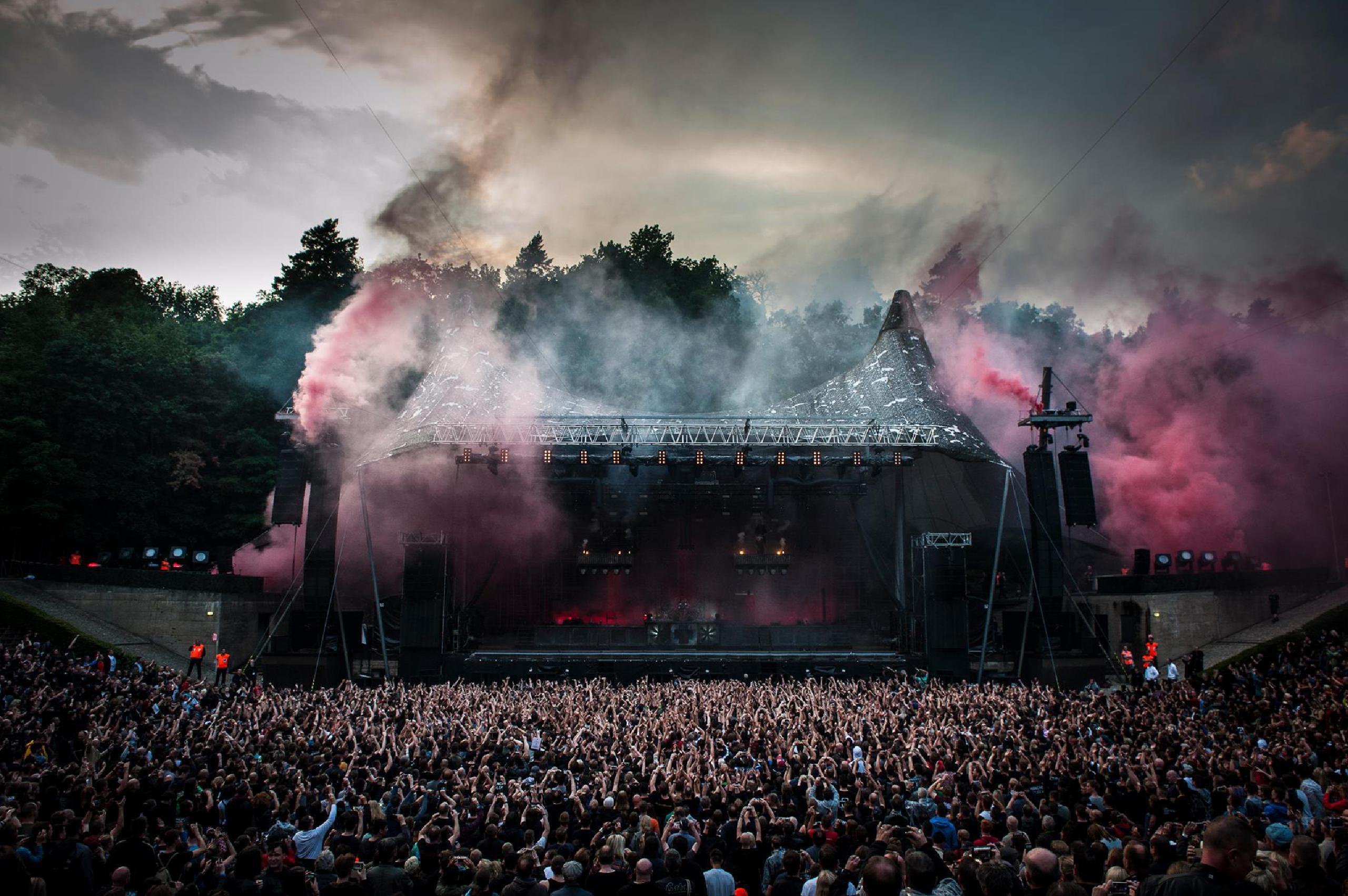 Rammstein Tour Dates 2019 2020 Rammstein Tickets And Concerts Wegow