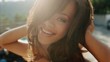 Foto de Rihanna en el campo