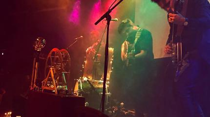 Foto de Young Forest en concierto