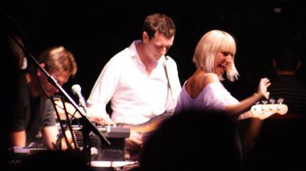 Foto de Zero 7 en concierto con Sia