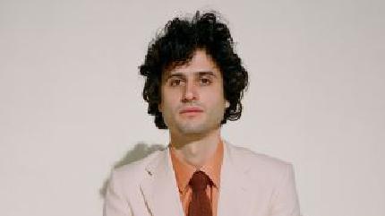 Adrien Gallo concerto em Marseñha