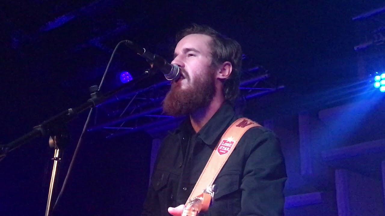 Alex Williams concert in Newport