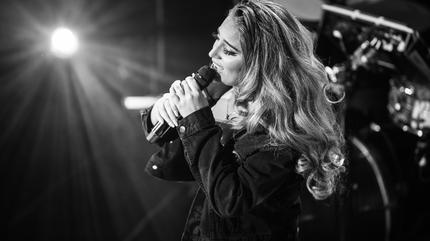 Concierto de Alina Baraz en Houston