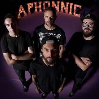 Aphonnic & Sinaia en Leon