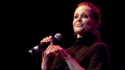 Belinda Carlisle + Nik Kershaw + Howard Jones concert in Manchester