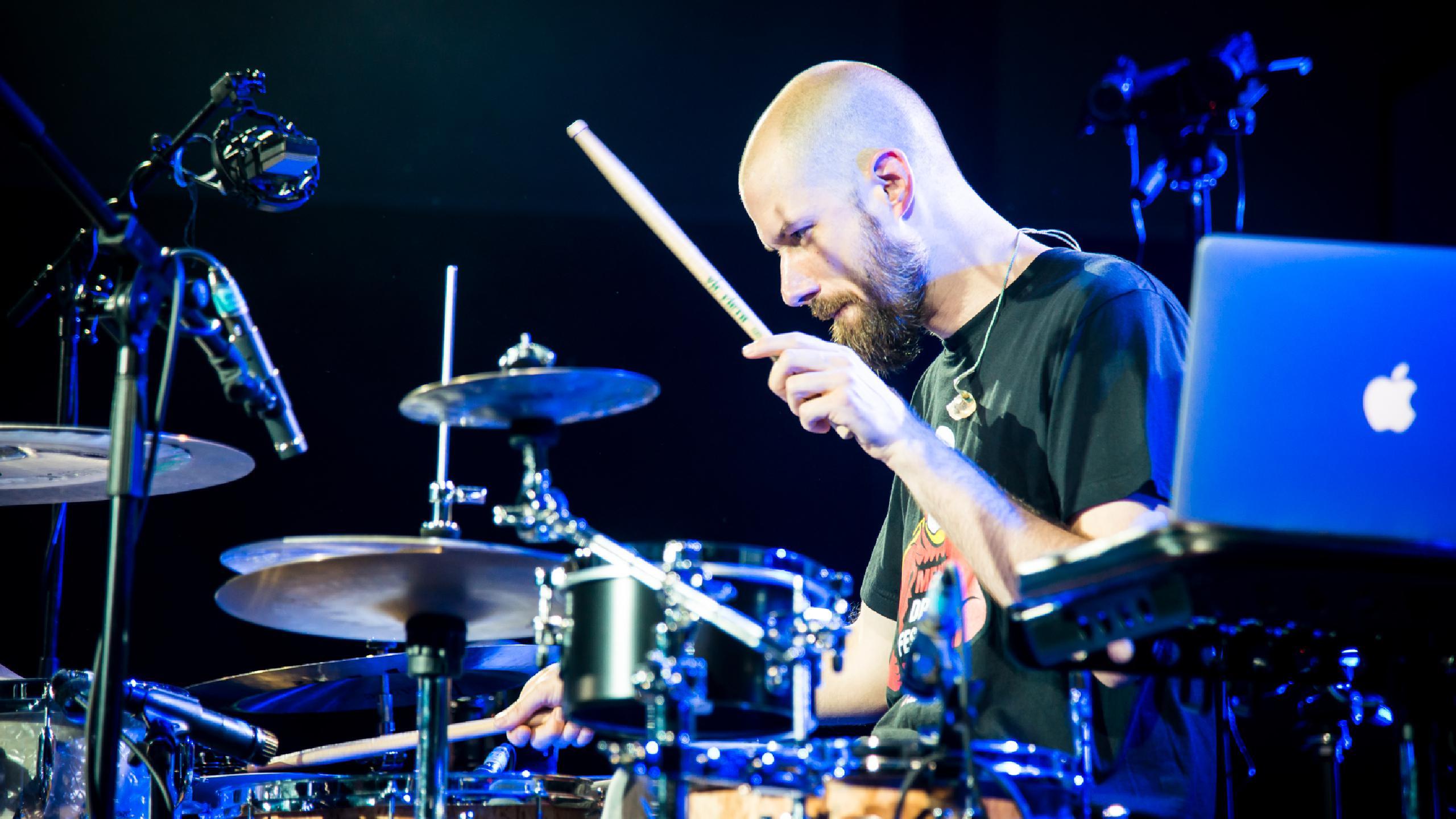 Benny Greb - Drummer   Baterista - SAVIA LATINA