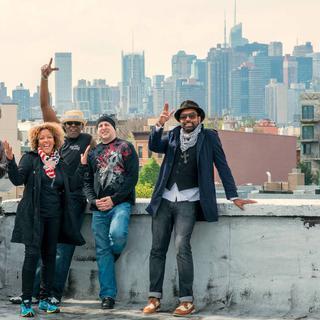 Concierto de Brooklyn Funk Essentials en París