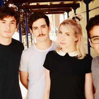Concierto de Charly Bliss en Cardiff