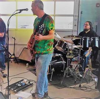 Concierto de Cosmic Jerry Band en Asbury Park