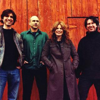 Concierto de Cowboy Junkies en Fall River