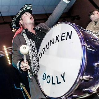 Concierto de Drunken Dolly en Bideford