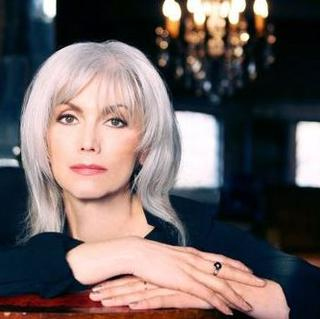 Concierto de Emmylou Harris en Knoxville