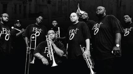 Concierto de Hot 8 Brass Band en Bristol