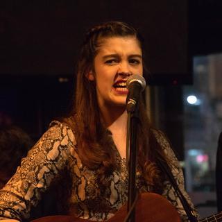 Izzie Walsh concert in Manchester