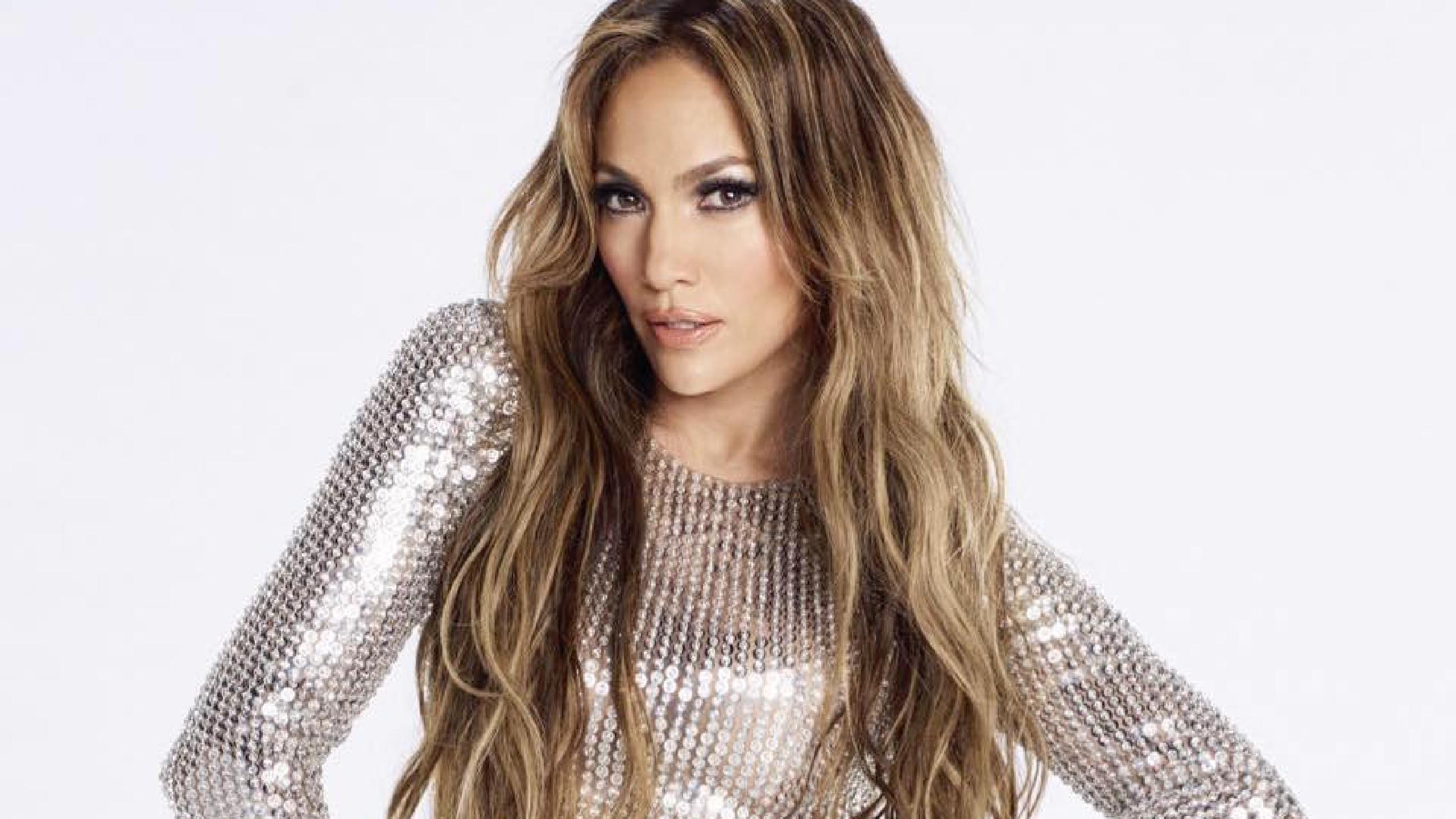 Jennifer Lopez 2021