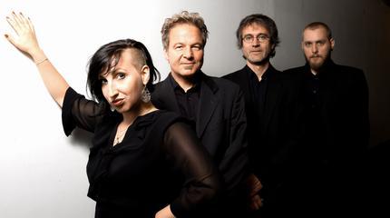 Concierto de Alina + Jessy Martens and Band en Hamburgo