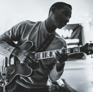 Concierto de Leon Bridges en Dallas