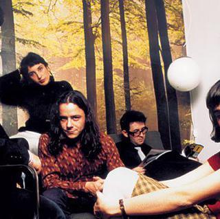 Concierto de Los Fresones Rebeldes + Amphetamine Discharge en Sevilla
