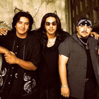 Concierto de Los Lonely Boys en Fall River