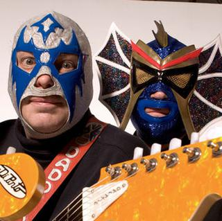 Los Straitjackets concert in New Haven