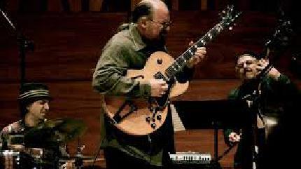 Konzert von Michael Musillami Trio in Wien