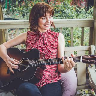 Concierto de Molly Tuttle en Brighton