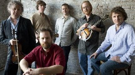 Concierto de Railroad Earth en Covington