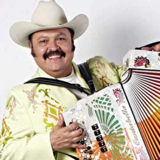 Banda Machos + Roberto Tapia concert in Inglewood