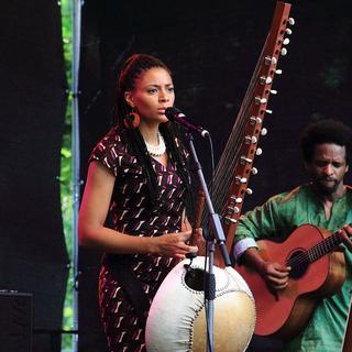 Concierto de Sona Jobarteh en Tolosa