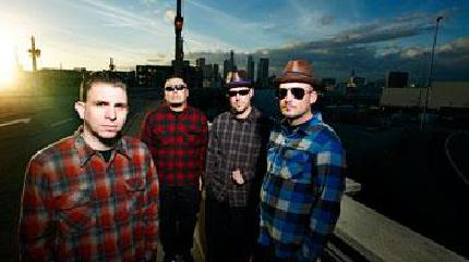 Concierto de The Aggrolites + The Far East en Asbury Park