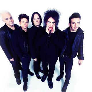 Concierto de The Cure + Deftones + Pixies en Pasadena