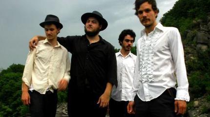 Concierto de The Felice Brothers en Asbury Park