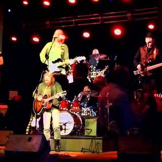 Concierto de Vinyl Radio en Nashville