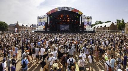 Main Square festival picture