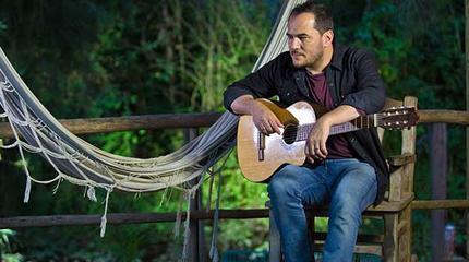 Concierto de Ismael Serrano en Guitar BCN 2019