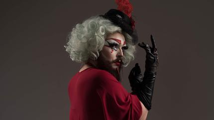 Lady Cirka Burlesque Show