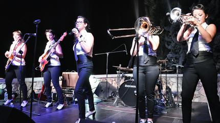 Fotografía de un concierto en Ambigú Axerquia