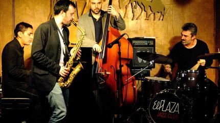 Foto de El Plaza Jazz Club