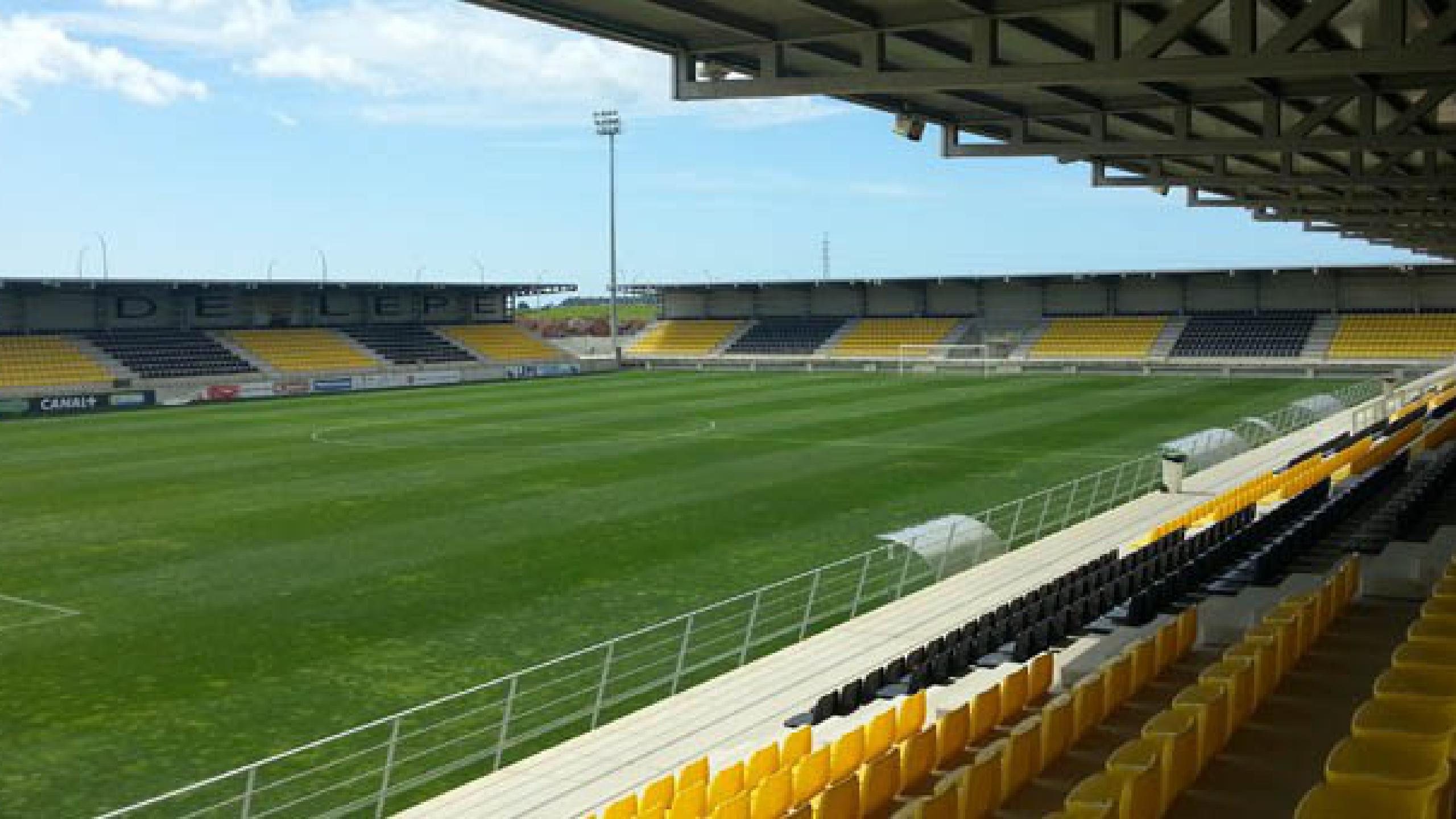 [Image: campo-de-futbol-de-lepe-1517421430.29.2560x1440.jpg]