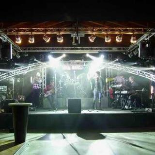 Concierto de GionnyScandal en Turín