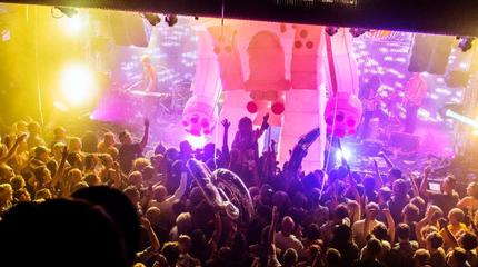 Concierto de Napalm Death en Cardiff